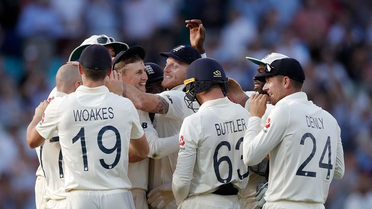 England win fifth Test