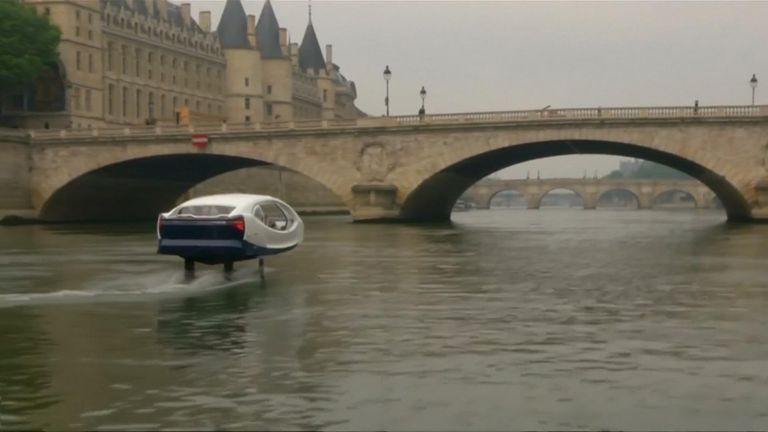 The 'flying taxi' has been tested on the River Seine