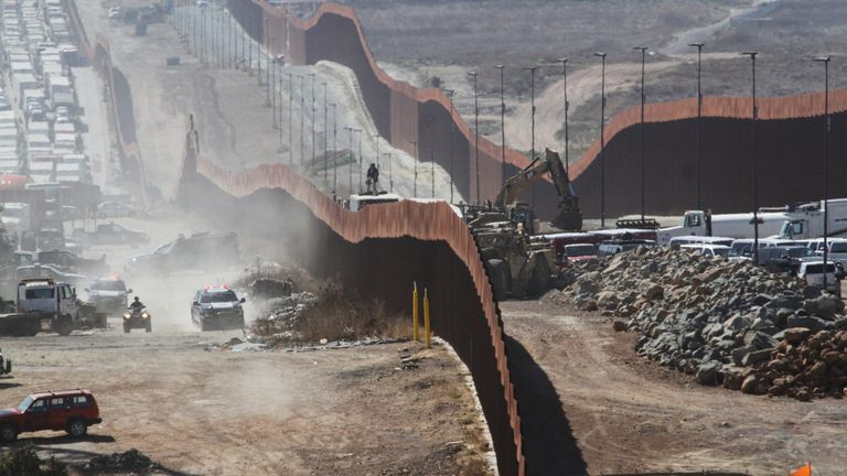 Border wall between US and Mexico