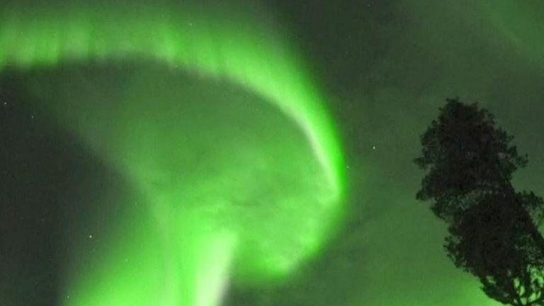 skynews-northern-lights-aurora-borealis_