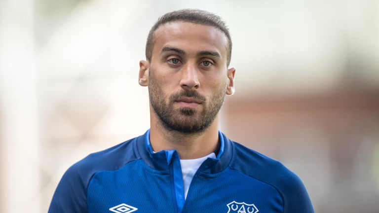 2:28                                            Roy Hodgson admits Crystal Palace missed out on signing Cenk Tosun two years ago when the Turkish striker chose Everton