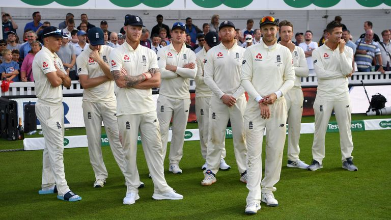 England's players line up during the presentation at the end of the fifth Ashes Test