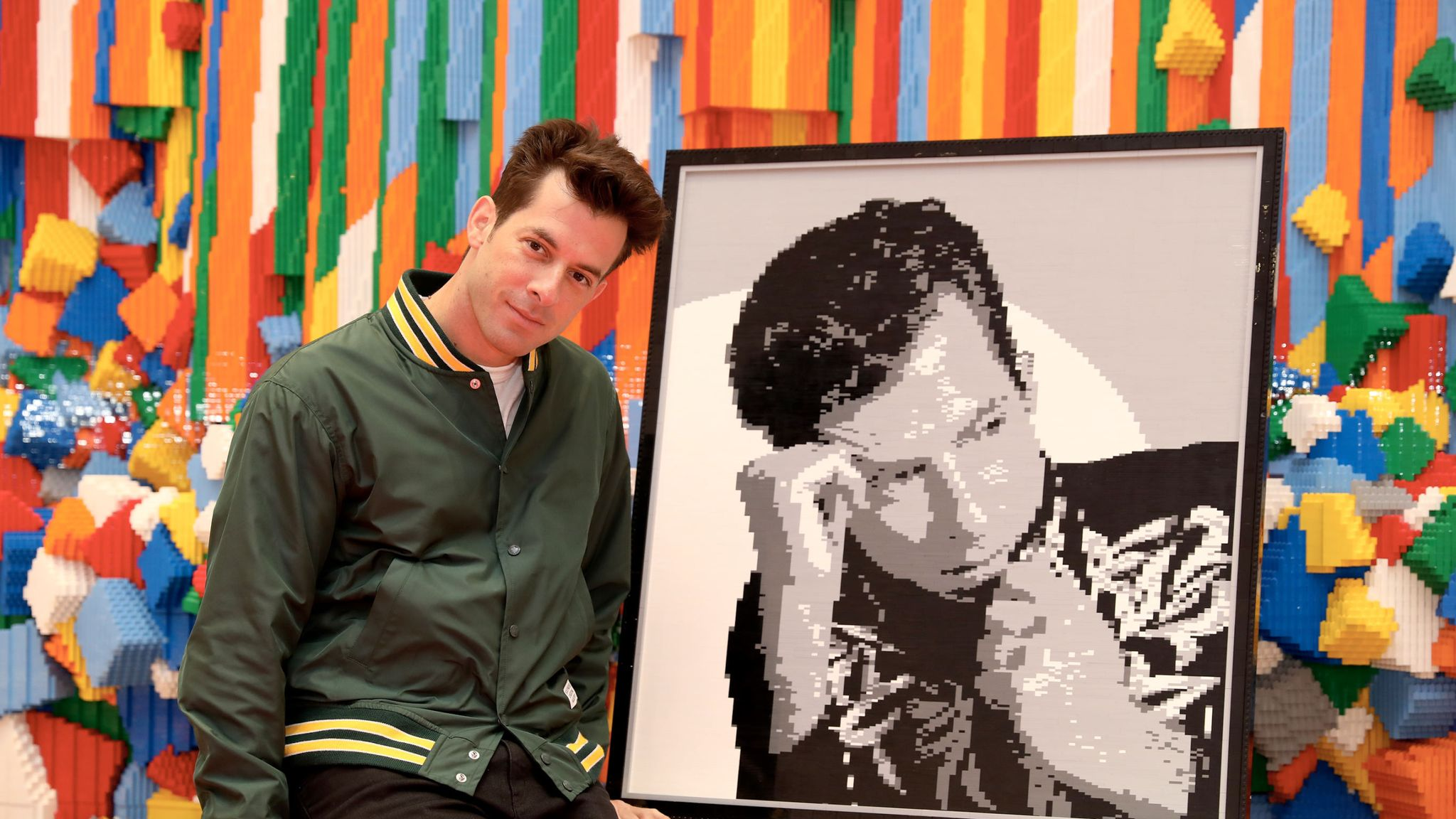 Mark Ronson: Why we should listen to albums in full