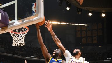 Preseason: Warriors 93-126 Lakers