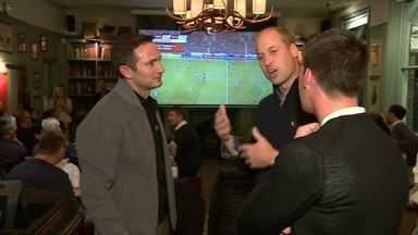 Prince William & Lampard hit the boozer!