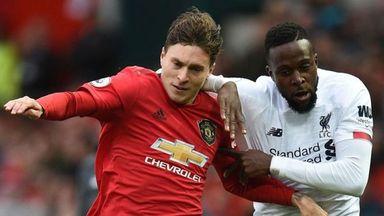 HT Man Utd 1-0 Liverpool: Double VAR drama