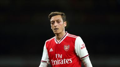 Emery: Door not closed on Ozil