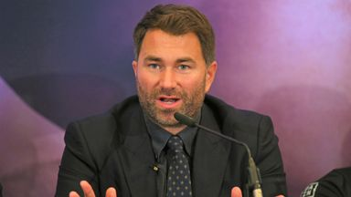 Hearn offers NHS workers free boxing tickets