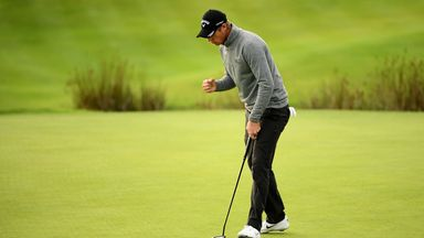 Colsaerts moves ahead in France
