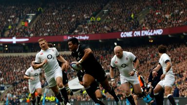 2013: England 22-30 New Zealand