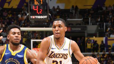 Preseason: Warriors 98-104 Lakers