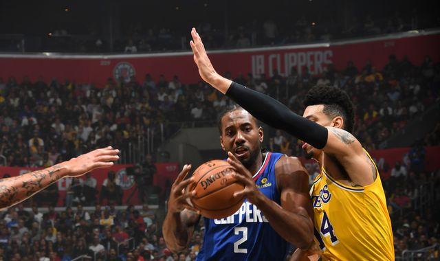 Kawhi Leonard scores 30 points as LA Clippers beat Los Angeles Lakers in season opener
