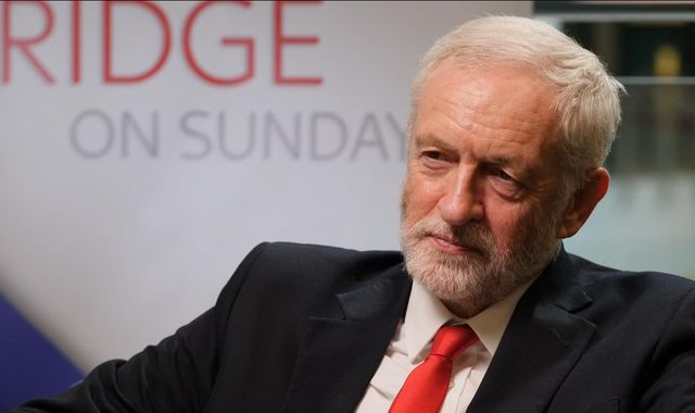 Jeremy Corbyn warns MPs against backing Brexit deal - even if it is put to referendum
