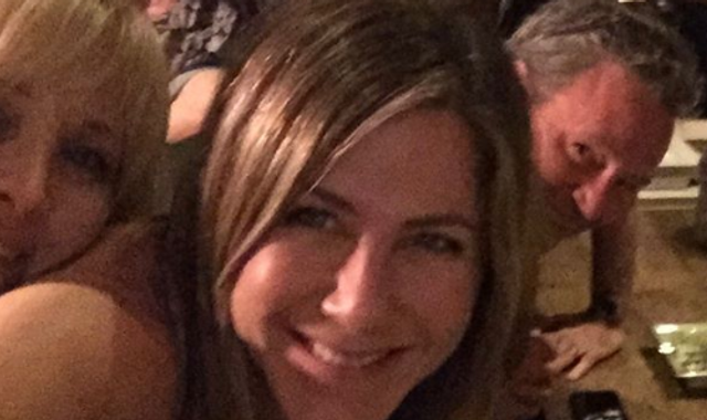 Jennifer Aniston crashes Instagram with selfie of Friends cast