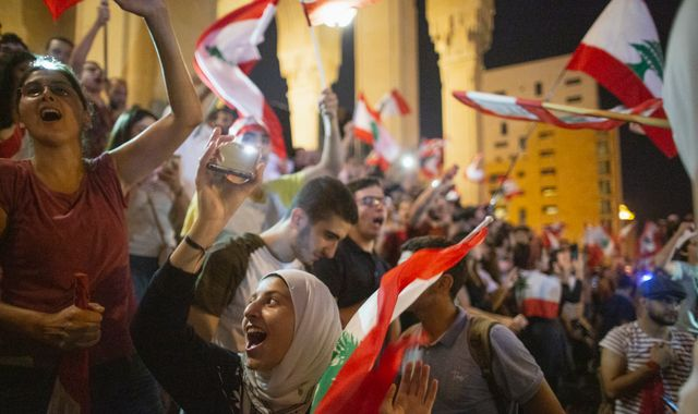 Lebanon protests: Country unites against government corruption