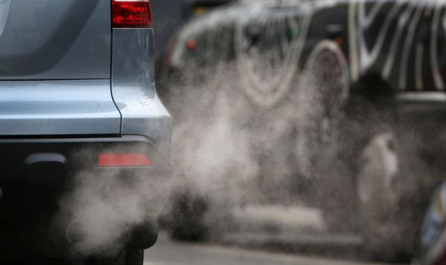 Legally binding pollution targets outlined in Environment Bill