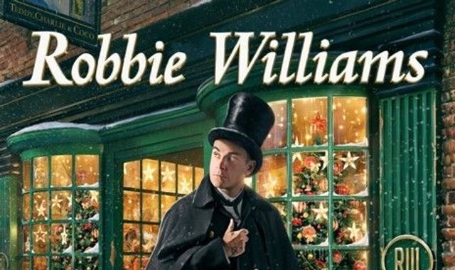 Robbie Williams to duet with Tyson Fury on his first Christmas album