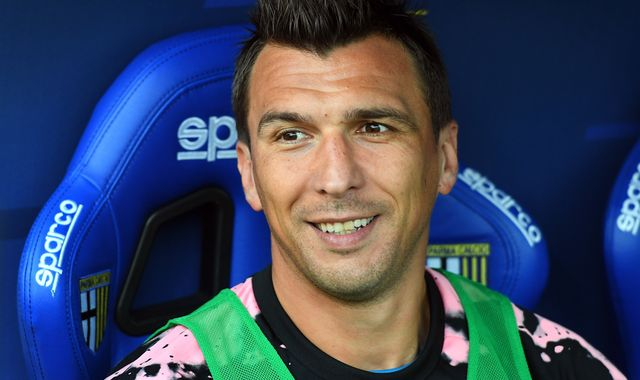 Mario Mandzukic: Man Utd target not training with Juventus
