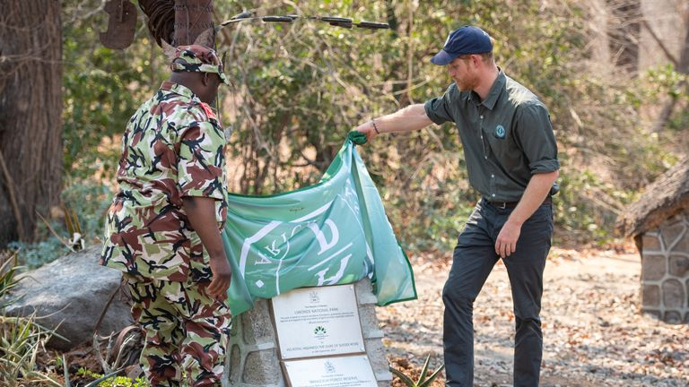 The Duke of Sussex dedicates Liwonde National Park and the adjoining Mangochi Forest to the Queen's Commonwealth Canopy, at a ceremony at Liwonde National Park, Malawi. PA Photo. Picture date: Monday September 30, 2019. See PA story ROYAL Tour . Photo credit should read: Dominic Lipinski/PA Wire
