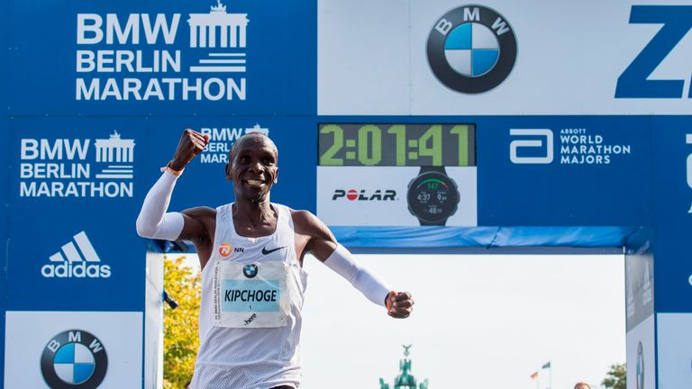 Kenya's Eliud Kipchoge celebrates winning the Berlin Marathon setting a new world record on September 16, 2018 in Berlin. (Photo by John MACDOUGALL / AFP)        (Photo credit should read JOHN MACDOUGALL/AFP/Getty Images)