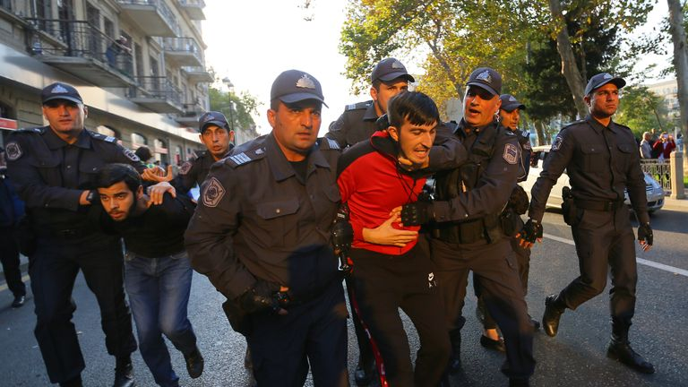 Man detained in Baku