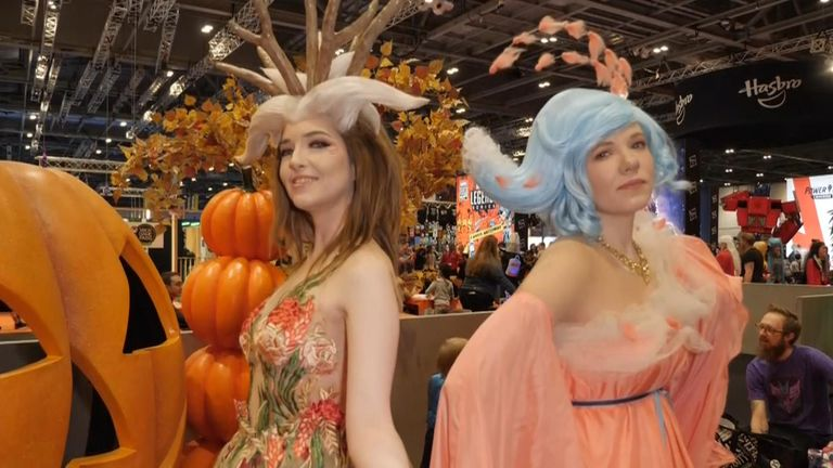 Regan and Scone from Cowbutt Crunchies Cosplay