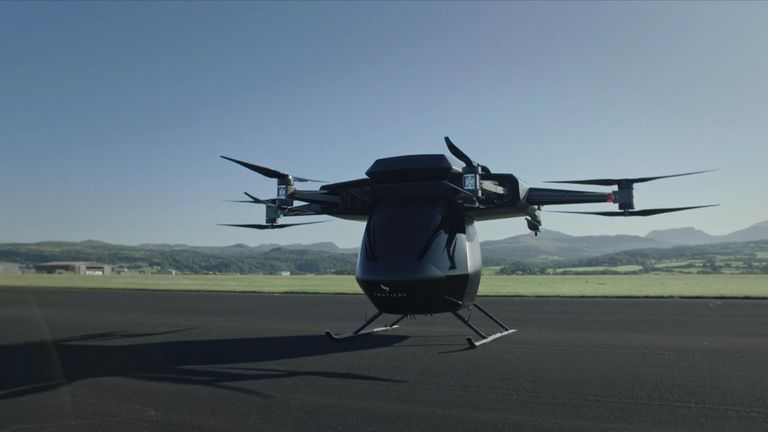 The aircraft is capable of carrying loads of up to 250kg and can reach speeds of up to 80km/h (49.7mph)
