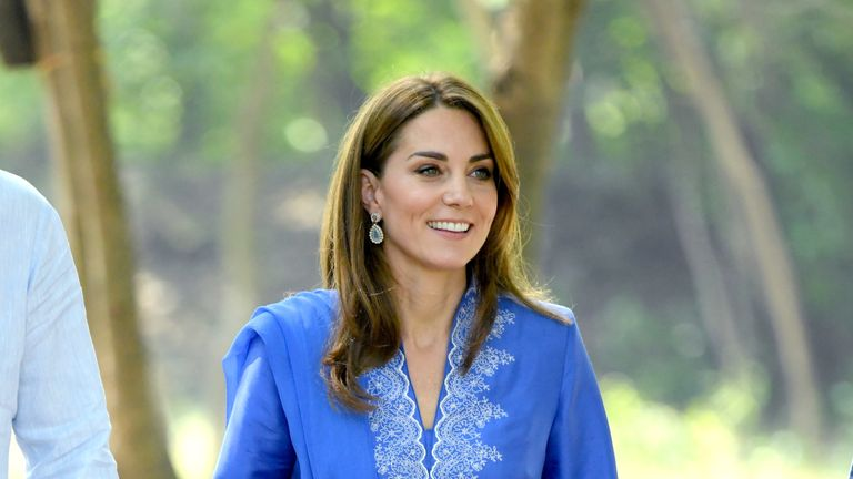 Kate wore traditional dress on the tour