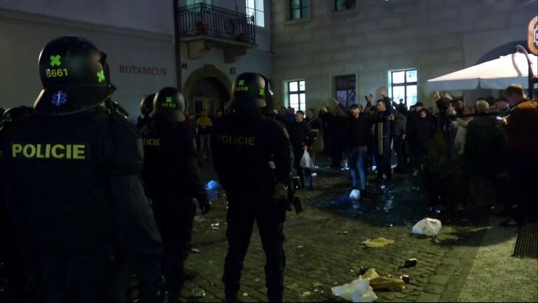 England fans clashed with Czech police in Prague ahead of their match in the Euro 2020 qualification campaign.