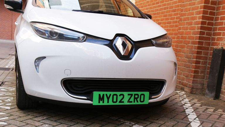 The number pates would make zero-emissions vehicles easier to spot
