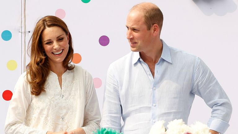 Kate and William went to a birthday party at the SOS Children's village in Lahore