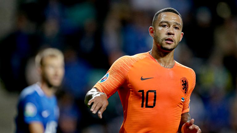 Northern Ireland hopes slip after Memphis Depay double for Netherlands