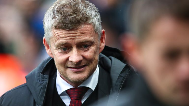 Solskjaer apologised to Manchester United fans after the 1-0 defeat at Newcastle