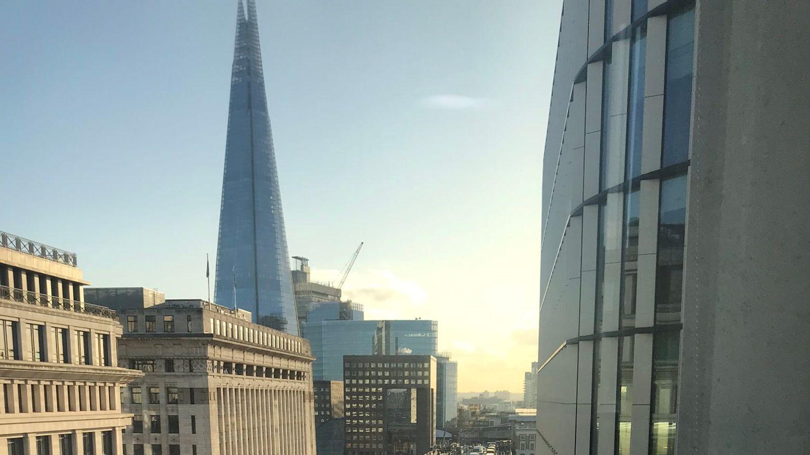 skynews-london-bridge-shooting_4851158.j