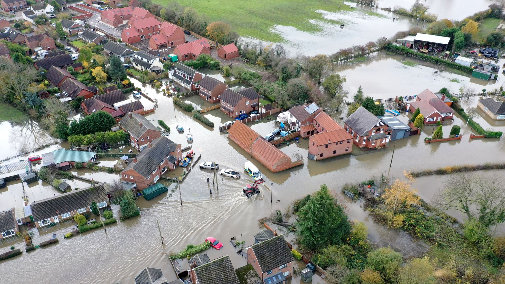 UK weather: PM to chair emergency meeting over severe flooding