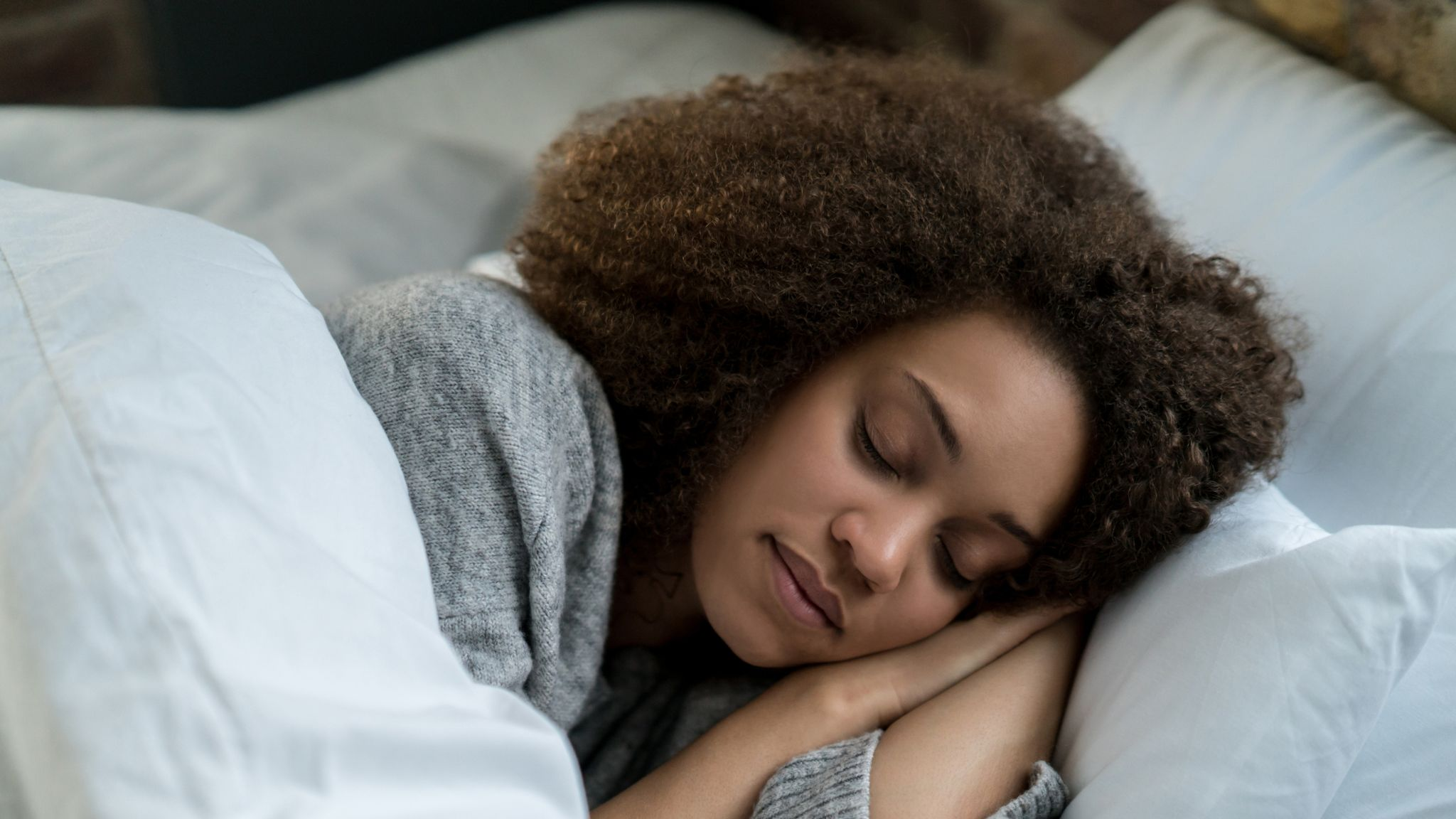 Why sleeping with the heating on is a bad way to combat the cold