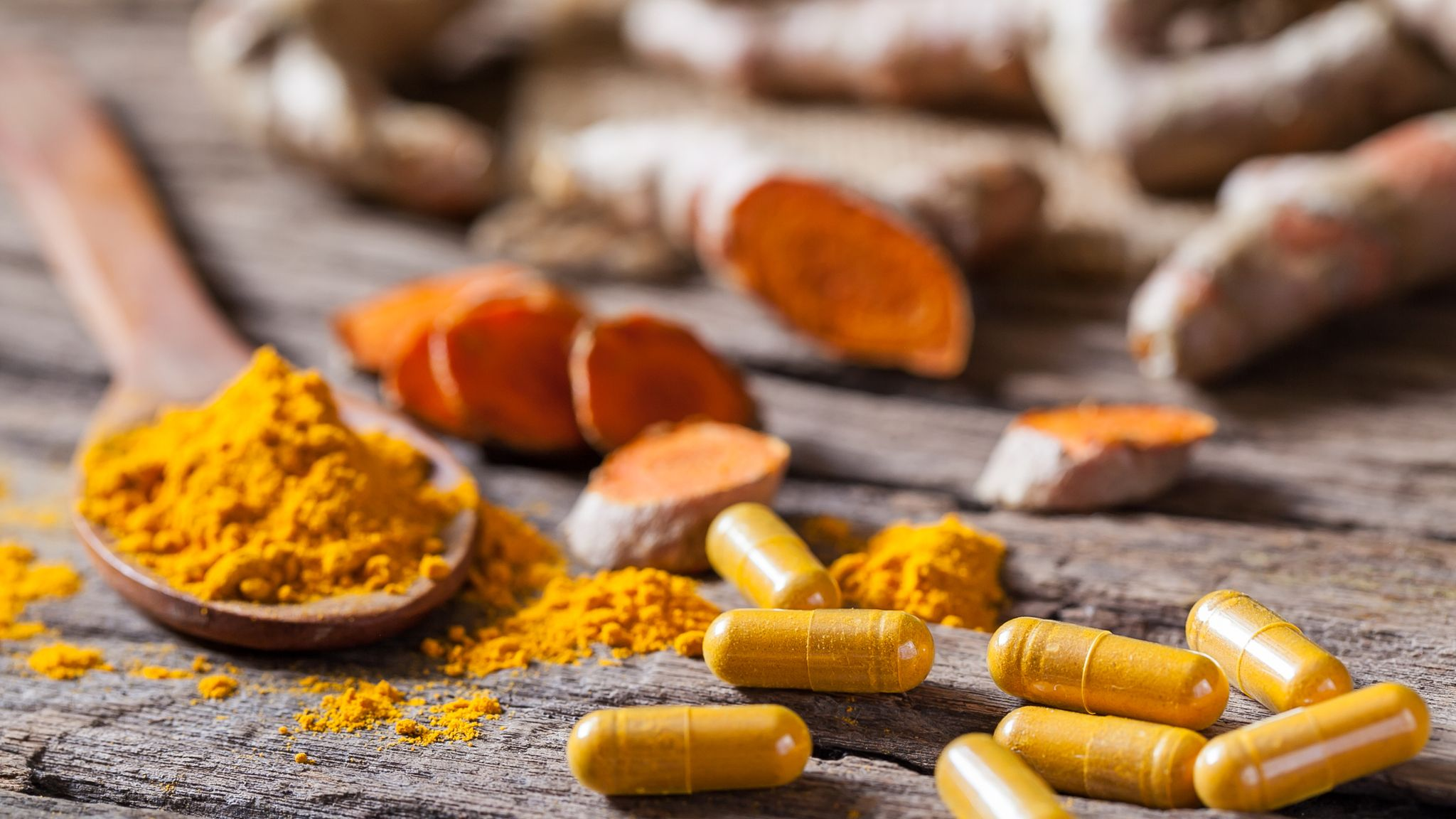 Herbal remedies interfere with cancer treatment, leading surgeon says