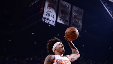 Oubre, Booker combine for 57