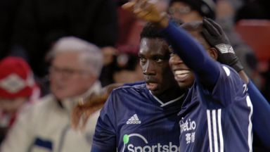 Sarr gives Watford the lead! (24)