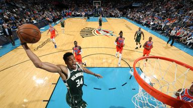 Giannis dominates against the Thunder