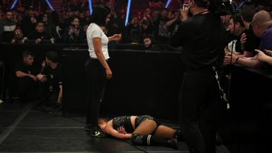 Bayley attacks Lynch on Raw!