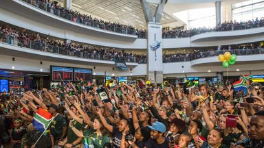Fans flock to welcome home Springboks