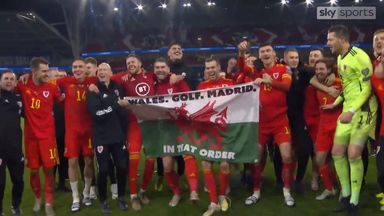 Bale sings 'Wales, golf, Madrid' chant!