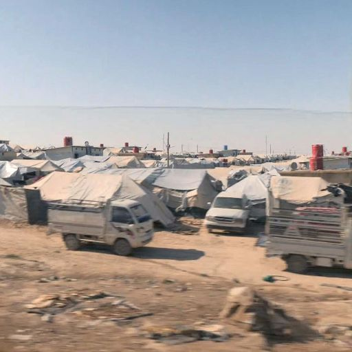 Islamic State: New 'mini caliphate' forms at Syrian holding camp