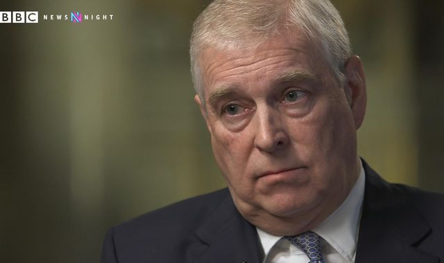 Prince Andrew on the photograph, meeting the sex offender and the four-day house stay