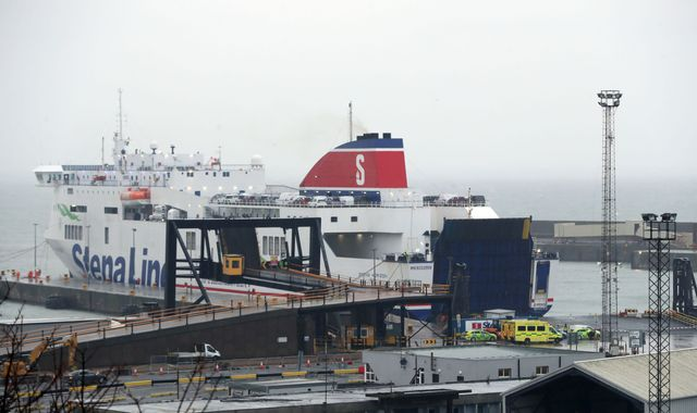 16 people discovered in sealed lorry trailer on Cherbourg-Rosslare ferry