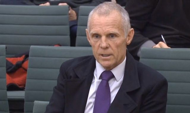 Dr Richard Freeman tribunal: Ex-cycling coach Shane Sutton storms out over 'doper' claim