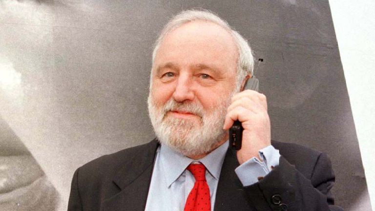 File photo dated 23/03/98 of former Labour Health Secretary Frank Dobson has died aged 79, his family has announced.