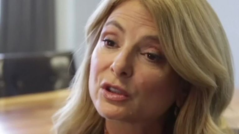 Lisa bloom says its important prince Andrew cooperates with police