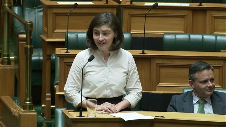 A 25-year-old New Zealand politician's response when heckled by an older colleague is being cheered by millennials around the world.